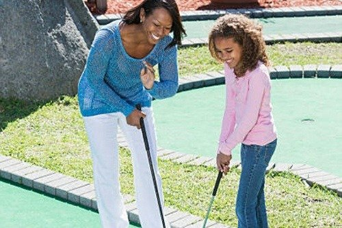 Ground Mini Golf Mom and Daughter