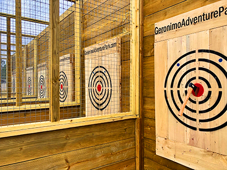 Axe Throwing Cage (2)